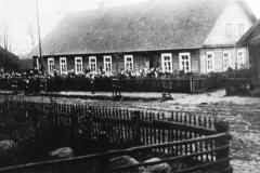 Dusetų-pradžios-mokykla-1930-m.