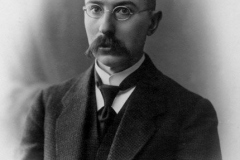 """Kazimieras-Būga-1879–1924-–-Žodyno-pradininkas-""""Lietuvių-kalbos-žodyno""""-I-ojo-sąsiuvinio-1924-autorius"""