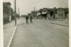 Dusetos-Zarasų-apskr.-Miestelio-gatvės-dalis.-1935-1940-m.