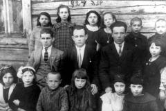 59-Tarbut-mokyklos-mokiniai-1924-Dusetos-Tarbut-school-students-1924-Dusetos