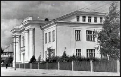 senieji-gimnazijos-rumai